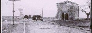 Imagen de tanques rusos junto a la ermita de la soledad. Trijueque