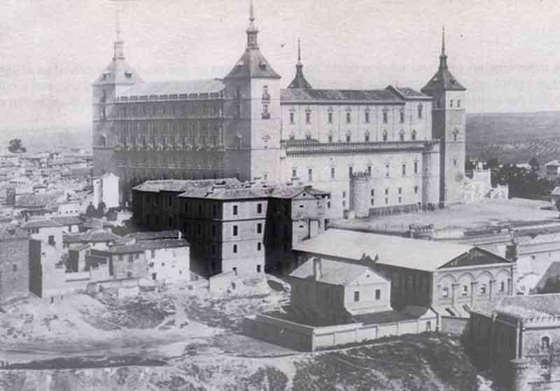 Capuchinos antes del asedio al Alcázar de Toledo
