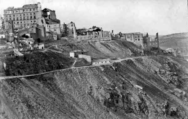 Alcázar de Toledo Sur después del asedio