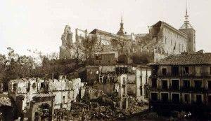Fachada Norte después del asedio, desde Zocodover