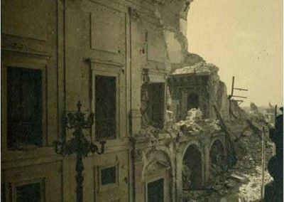 Interior NO del Alcázar de Toledo después del asedio
