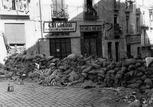 Barricadas 4 calle Armas hostal-Asedio Alcazar de Toledo