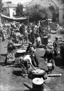 Cocina en calle pincipal de Buitrago. 12 septiembre de 1936