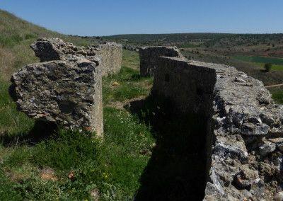 """Parapeto nacional doble en posición """"El Castillo"""". Cota 1086"""