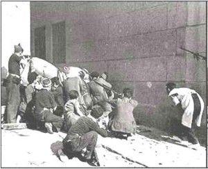 Milicianos callejon Lucio-Asedio Alcazar de Toledo