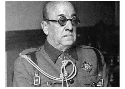 José Moscardo al acabar la guerra