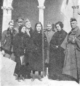 Romero Basart, primero por la derecha