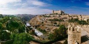Castillo San Servando y Alcázar al fondo