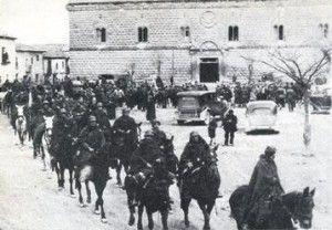 Soldados nacionales entrando en Cogolludo