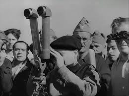 Largo Caballero observa la voladura del Alcázar. Junto a él Alvarez del Vayo y detrás Ricardo Burillo