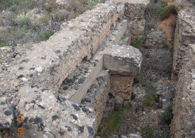 Puesto de escuadra para tiradores, entre olivares del Jarama