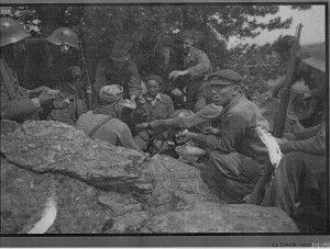 Momento del rancho en las tropas republicanas. Ofensiva de la Granja. Julio 1937